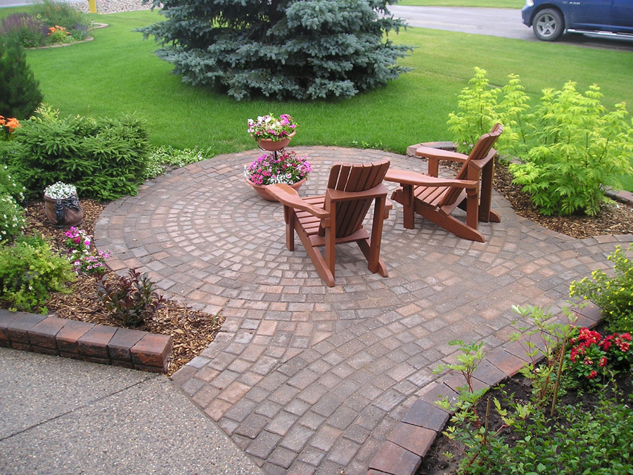 Outdoor design pavers